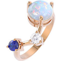 Ring with opal, gold 375